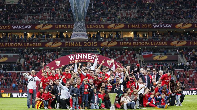إشبيلية لقب الدوري الأوروبي لكرة القدم للمرة الثانية على التوالي